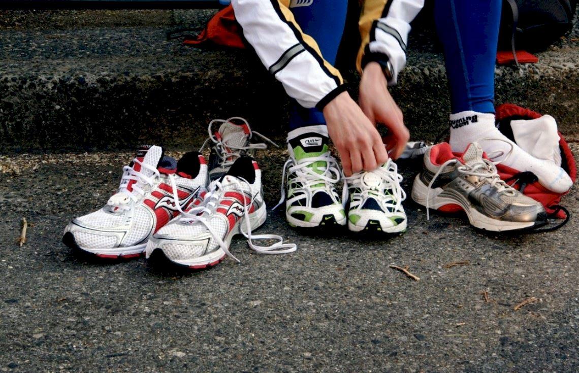 Купить кроссовки мужские в Украине